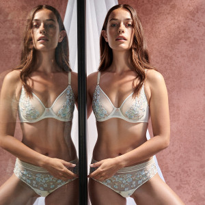 Soutien-gorge plongeant avec broderie florale Nathy pearled ivory